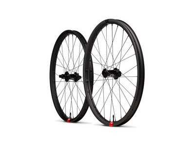 SANTA CRUZ Reserve Carbon Wheels - i9 Hubs Boost